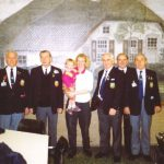 "Photo taken after the hosted lunch in the dining-hall. My wife Maud and youngest daughter Marin were spontaneously asked to join the photo by the Veteran right of Maud. I did not know him but one year later we met again at Bognor Regis during the AGM. Since that time David March from Birmingham is ""spoiling"" our children. Friday, 1st May 1992, 13.00 hrs."