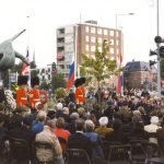 A wreath laid by the Lord Mayor of Nijmegen, Mr. E.M. d'Hondt. Thursday, 18th September 1999, 17.00 hrs.