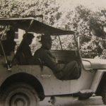 Foto 18 - De jeep van de firma Braam, de bouwers van de Nebo