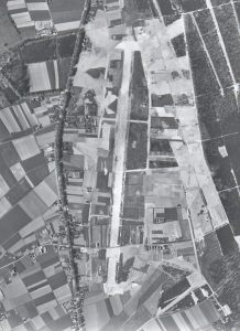 Air photograph of the remains of airstrip B-91 taken in 1949. Reproduction forbidden without prior consent from the Dutch Topographical Department at Emmen.
